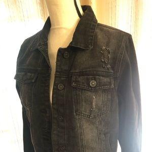 ❤️ CISONO Distressed Black Jean Jacket Size M